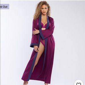 Savage X Fenty Maxi Robe